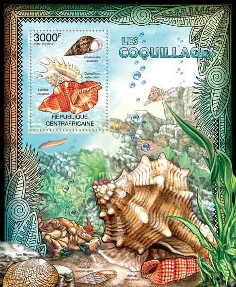 Shells, (Phasianella australis, Cymathium rubeculum, Lambis violacea) . - Issue of Central African republic postage stamps